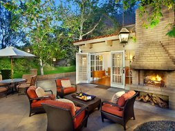 Outdoor Space - Courtesy of herecomestheguide.com