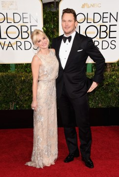 Anna Faris in Reem Acra with Lorraine Schwartz jewels and Jimmy Choo shoes