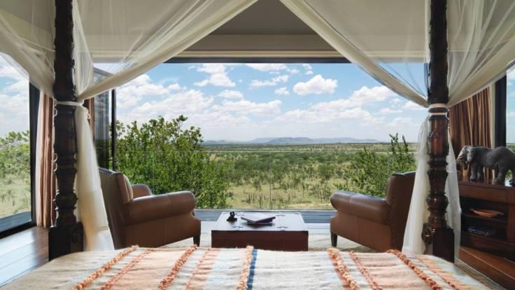 Four Seasons Safari Lodge Presidential Villa - Courtesy of Four Seasons Resorts