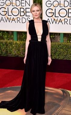 Kirsten Dunst in Valentino - Photo Jordan Strauss - Invision - AP