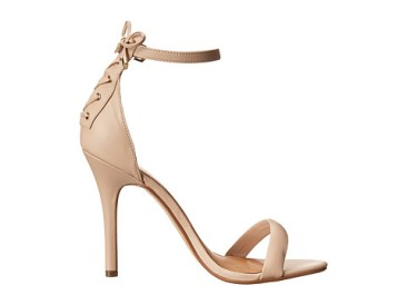 Emily Ratajkowski - Nude sandals for even less - The Luxe Lookbook