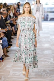 tory-burch-photo-credit-luca-tombolini-indigital-tv-the-luxe-lookbook2