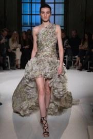 giambattista-valli-spring17-couture-yannis-vlamos-indigital-the-luxe-lookbook12