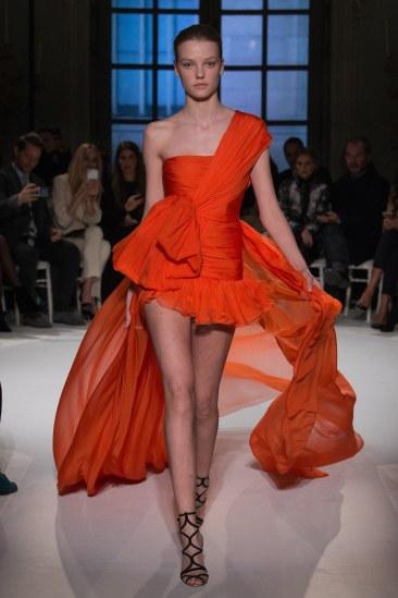 giambattista-valli-spring17-couture-yannis-vlamos-indigital-the-luxe-lookbook14