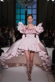 giambattista-valli-spring17-couture-yannis-vlamos-indigital-the-luxe-lookbook17