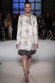 giambattista-valli-spring17-couture-yannis-vlamos-indigital-the-luxe-lookbook2