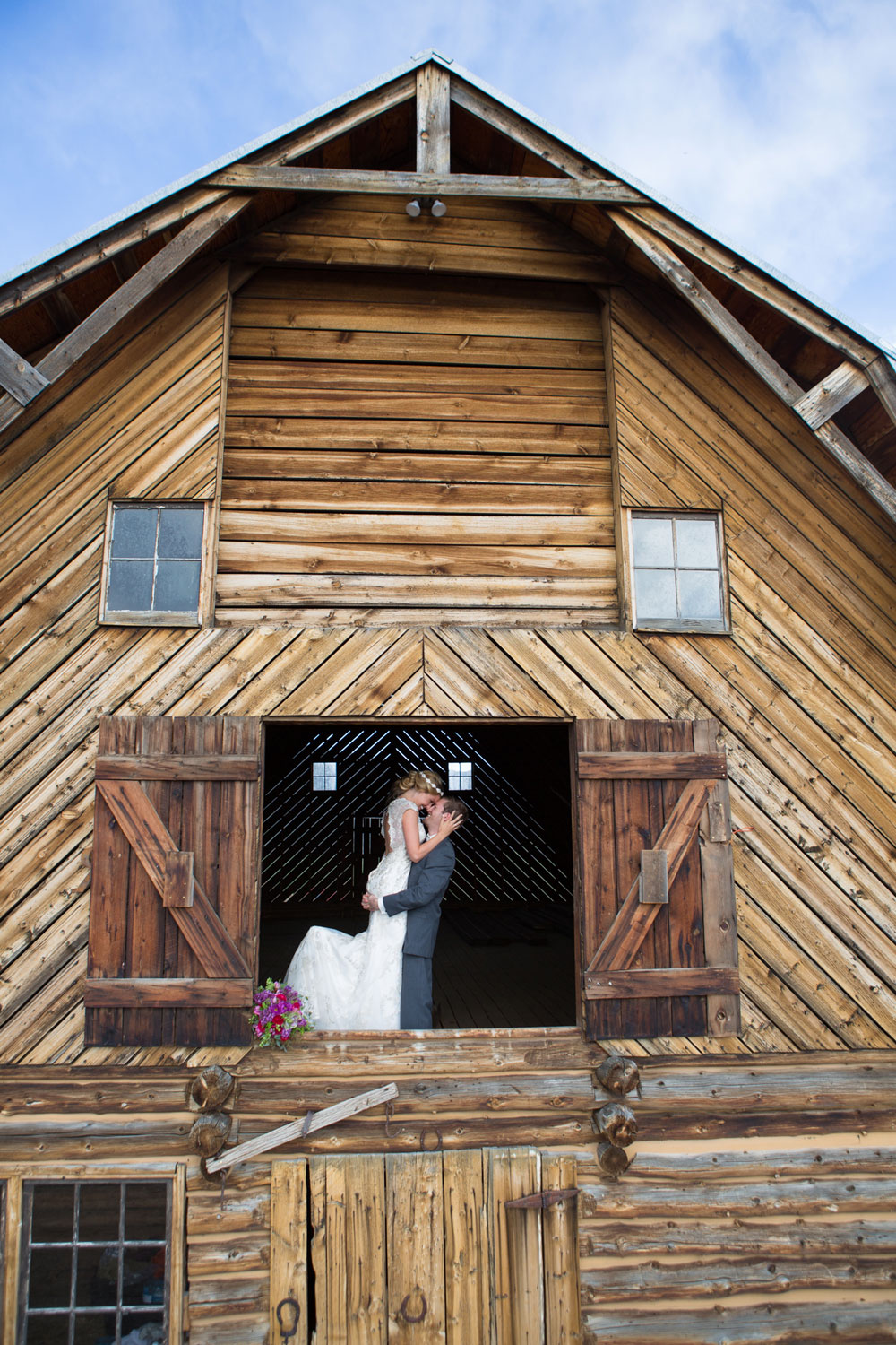 Colorado Country Charm In The Mountains Luxe Mountain Weddings Mountain Destination Weddings