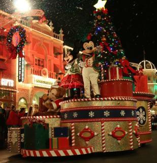 Best Christmas Hotels Disney World