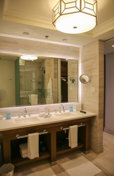 Four Seasons Orlando bathrooms