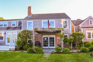 Harborview Nantucket Hotels families kids