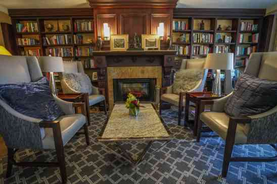 Ritz Carlton Naples Beach Resort Club Lounge