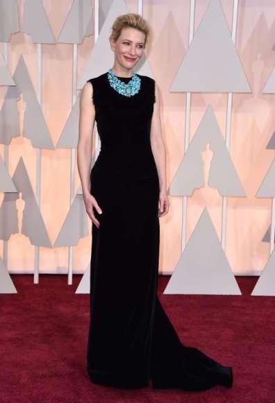Cate Blanchett diện đầm đen Maison Margiela do John Galliano thiết kế