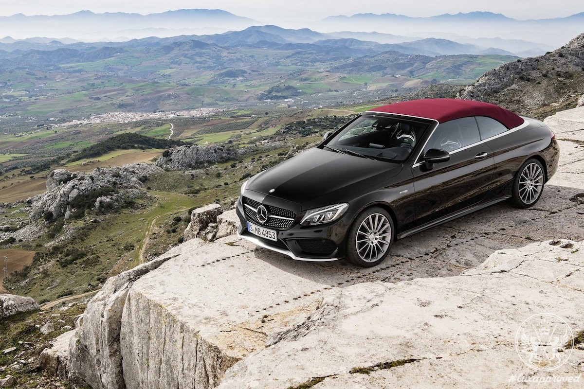 the 2017 mercedes amg c43 cabriolet oozes class lux expos. Black Bedroom Furniture Sets. Home Design Ideas