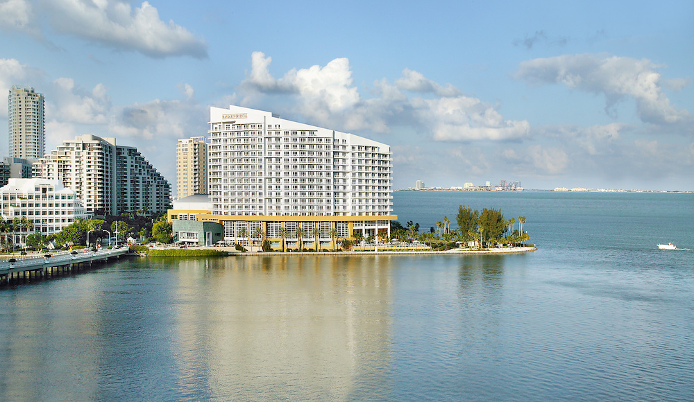 Mandarin Oriental, Miami's Suite and Show Package Offers ...