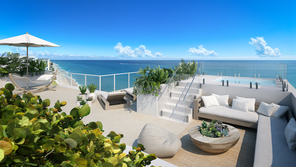 Palm Beach's First New Oceanfront Condo in More Than 10 Year Tops Out
