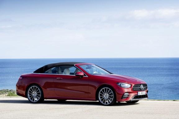 Mercedes-Benz Unveiled the New E-Class Coupé & Cabriolet