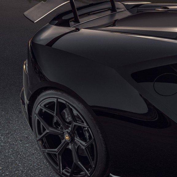 LuxExpose NOVITEC_Lamborghini_Huracán_EVO_RWD_8