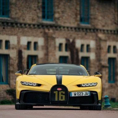 La Maison Bugatti Paris Hosted a Customer Drive Event in Abbaye des Vaux de Cernay