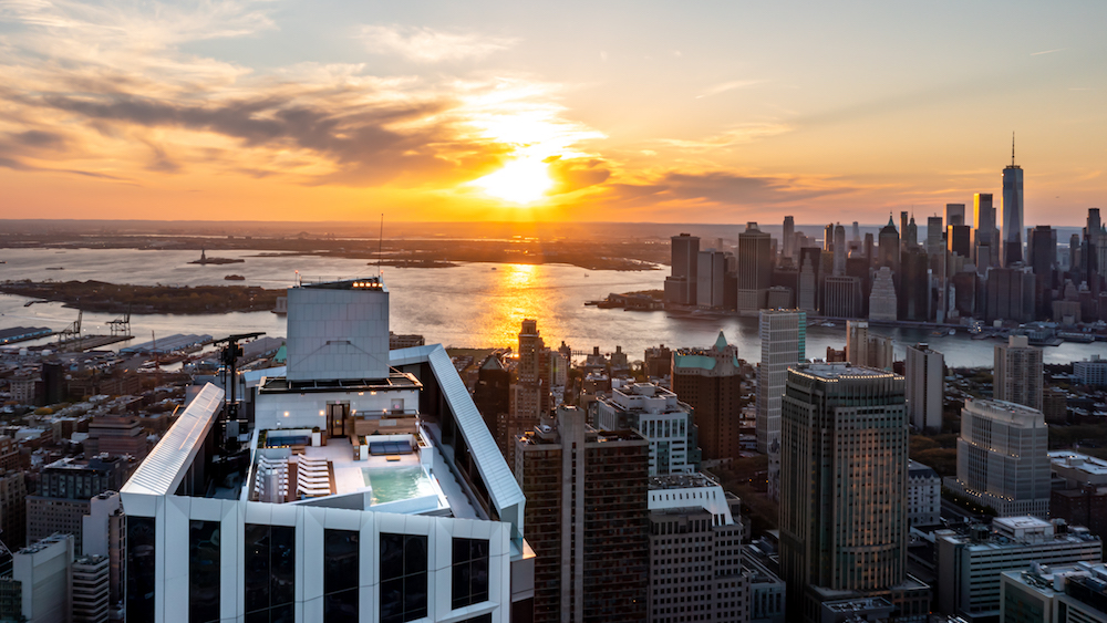 Brooklyn Point Unveils Highest Infinity Pool in the Western Hemisphere