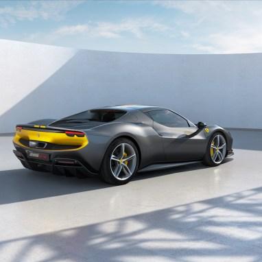 LuxExpose Ferrari_296_GTB_Assetto_Fiorano_5