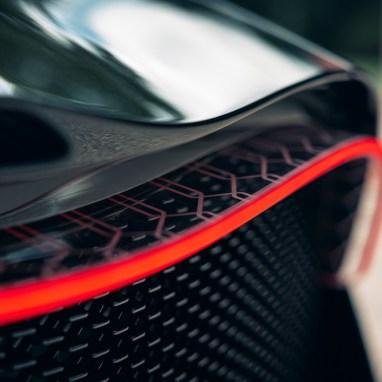 LuxExpose_la-voiture-noire_final_car_9