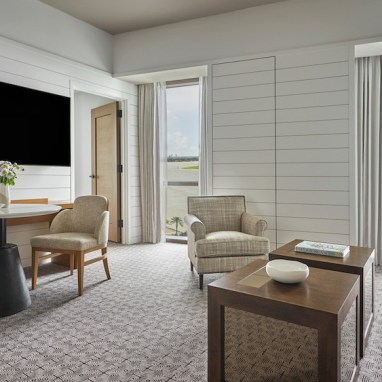 LuxExpose Four_Seasons_Hotel_Private_Residences_New_Orleans_12