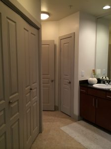 Bath Laundry at 2929 Wycliff Apartments in Dallas TX Lux Locators Dallas Apartment Locators