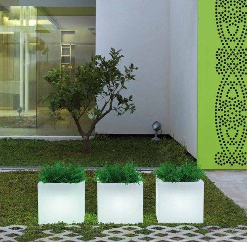 new garden narciso outdoor light 2