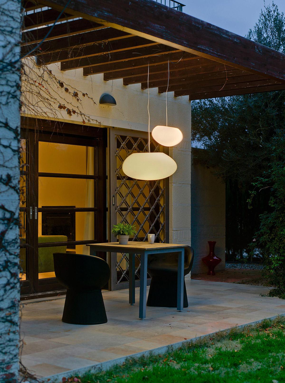 new garden petra hang outdoor light 4