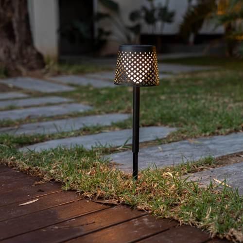 greta outdoor light 1