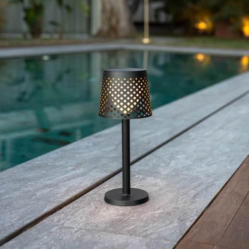 greta outdoor light 9