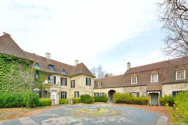 Iconic Estate David Adler Illinois Luxury Homes
