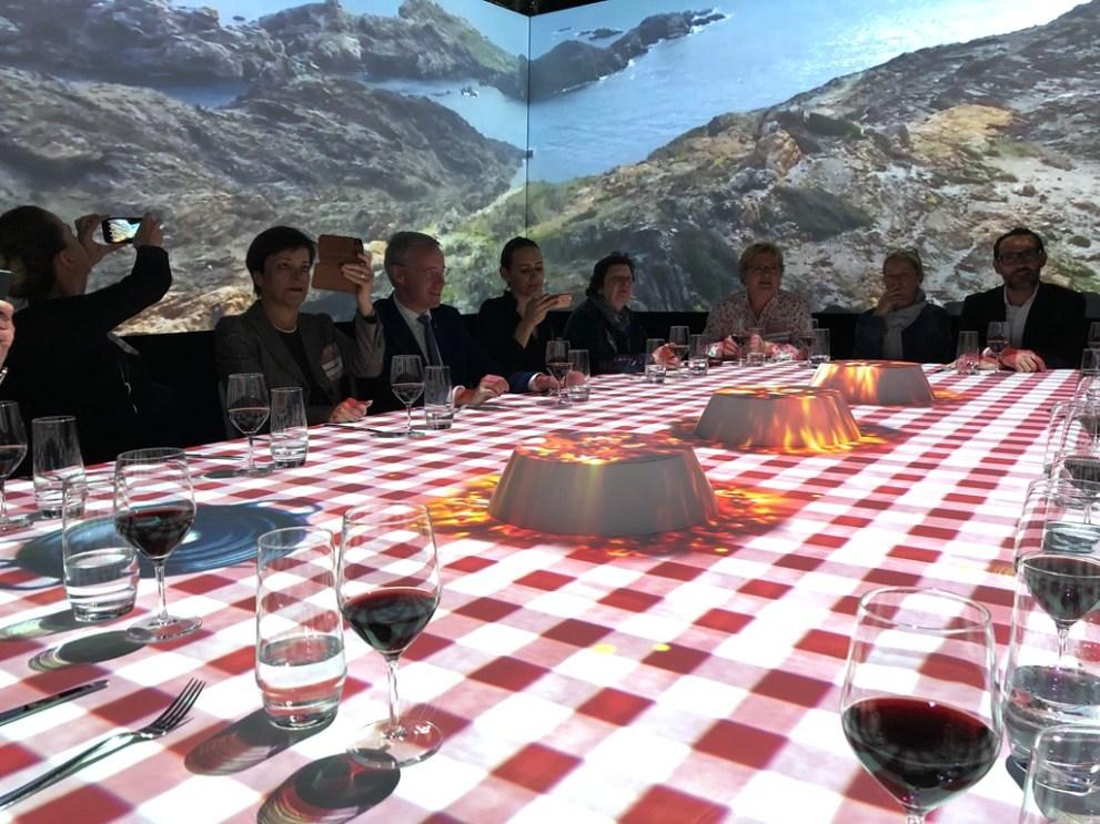 Karierte Tischdecke und rustikale Landschaften beim TastEmotion 2018