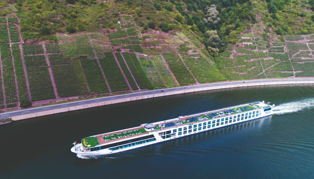 mark captain luxuriate cruise emerald waterways