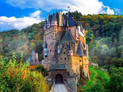 The Eltz Castle -Luxuria Tours & Events