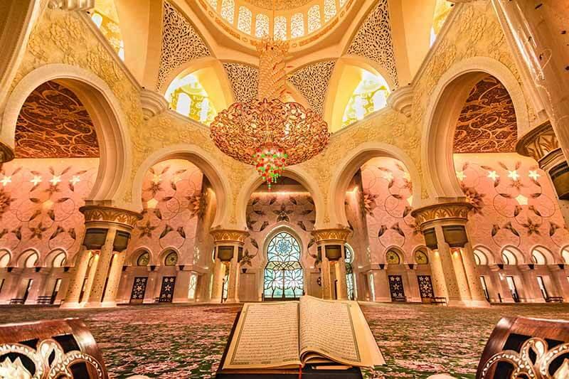 Shiek Zayed Mosque, Main Hall, AD, UAE- Luxuria Tours & Events