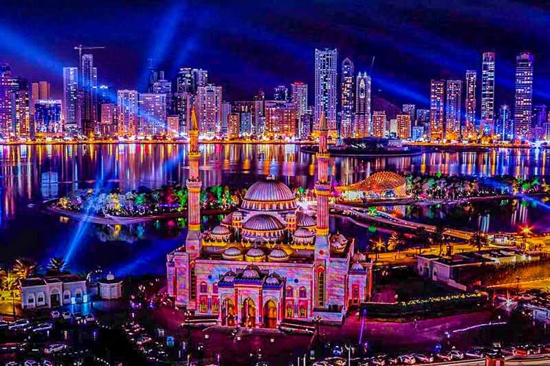 Sharjah Lake - Luxuria Tours & Events