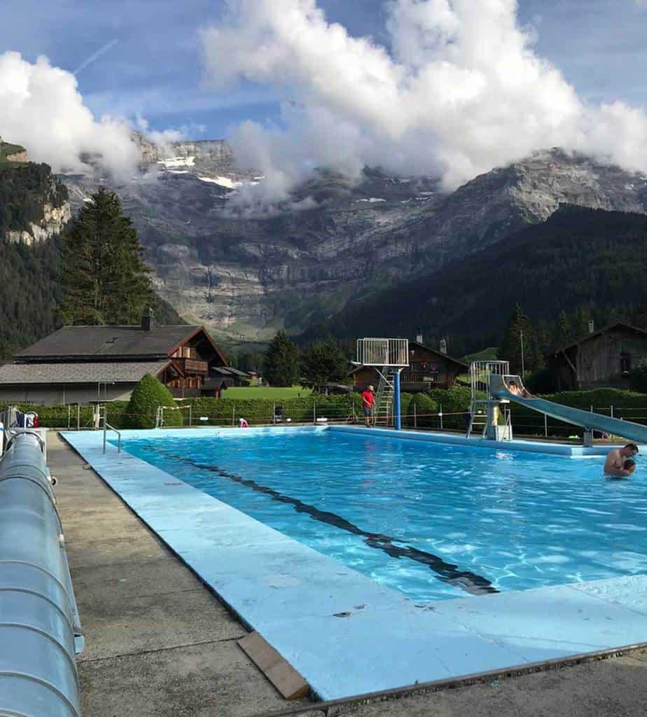 swimming-pool-les-diablerets-reviews