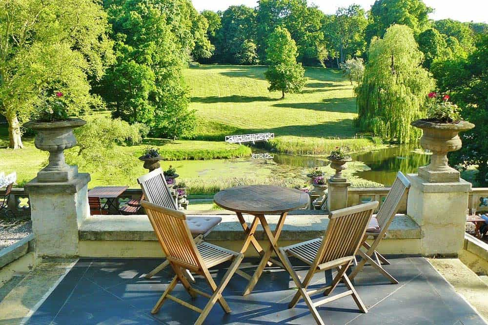 luxury-garden-guide