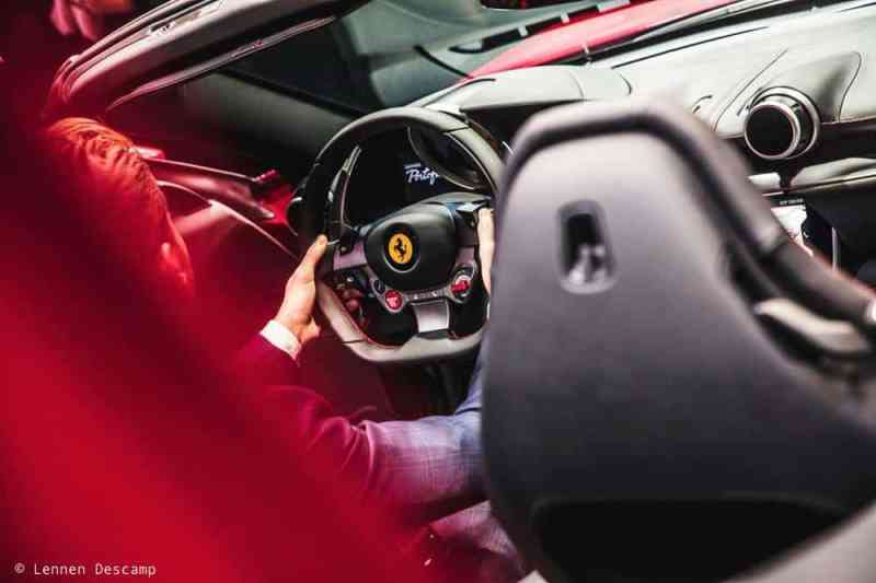 Portofino-Ferrari-steering-wheel