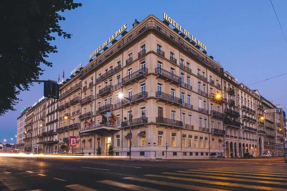 Hotel-Ritz-Carlton-hotel-de-la-paix