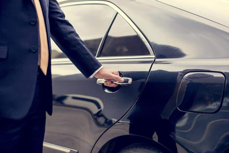 Tips-to-rent-a-limo