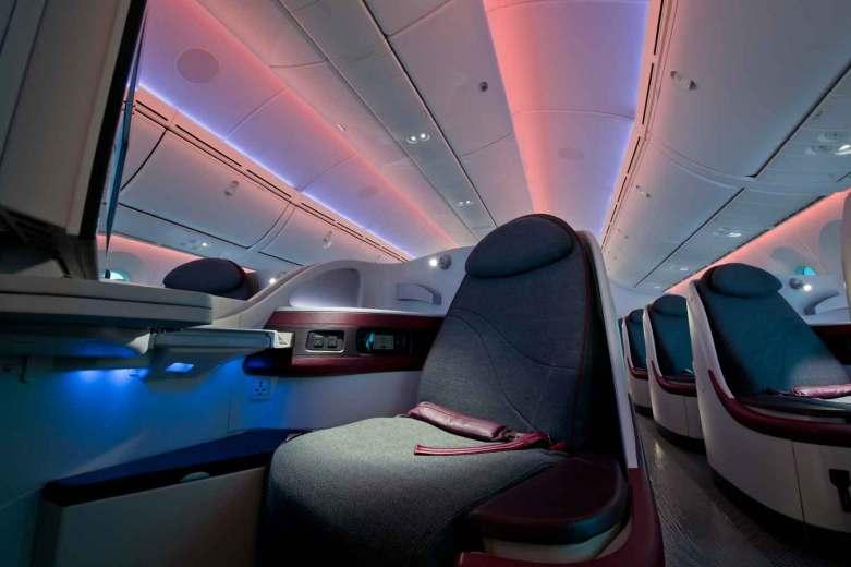 Flyveturen til det varme klima tager blot seks timer fra København. Qatar Airways flyver direkte flere gange om ugen og byder på verdens bedste businessclass.