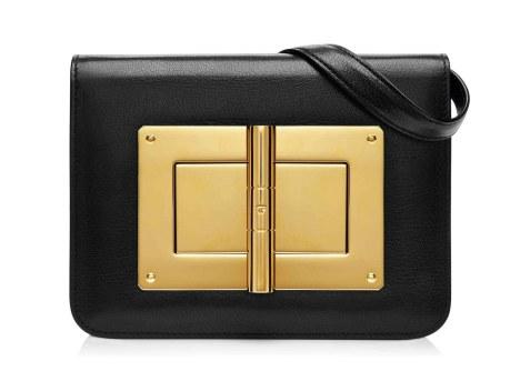 Det firkantede og minimalistiske design kan tilføre elegance til ethvert outfit. Natalia Medium Leather Bag, 20.150 kr.