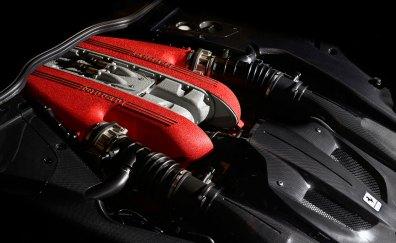 Den gurglende V12 er pumpet til 780 hestekræfter. De skulle række helt til 340 kilometer i timen.