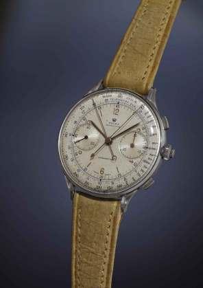 Da hammeren faldt for tredje gang, blev dette Rolex ref. 4113 fra 1942 solgt for cirka 14 mio. kr., hvilket gør uret til det dyreste Rolex, der nogensinde er solgt.