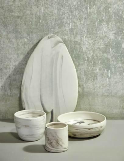 Trine Fournais er autodidakt keramiker og blev meget begejstret, da hun lærte at mestre den gamle teknik bag marmoreret keramik.
