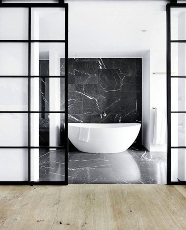 Eye-catching And Luxurious Black White Bathroom Ideas