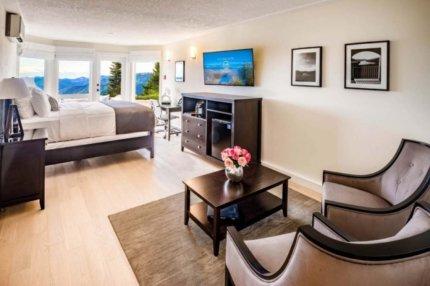 villa eyrie resort vancouver island 1