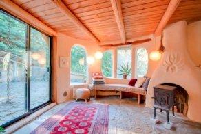 cob cottage mayne island 3